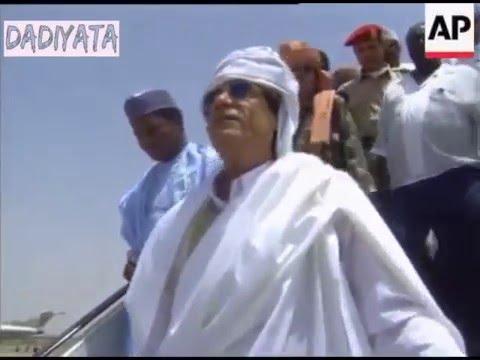 Gadafi visits Abacha 1997