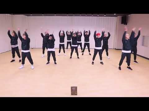 SEVENTEEN DANCING TO BTS PIED PIPER