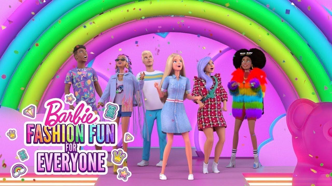 🌈 TĘCZOWY WYBIEG! 🍭 | Zabawa modą dla każdego | @Barbie Po Polsku