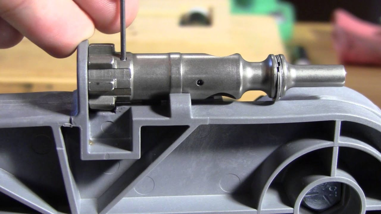 How To Remove The Ar15 Ejector Youtube