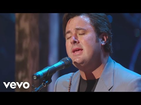 Vince Gill - Go Rest High On That Mountain [Live]
