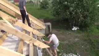 видео шаг стропил двускатной крыши