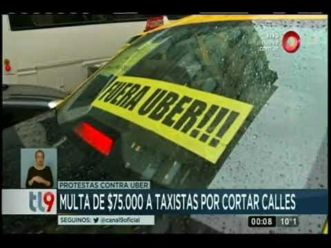 Multa de $75 mil a taxistas por cortar calles
