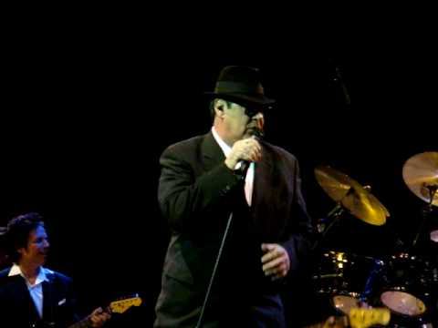 Blues Brothers Band Dan Aykroyd & Jim Belushi LIVE at the House of Blues Boston Grand Opening party