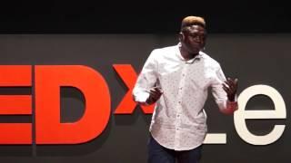 Buscar la vida | Lory Money | TEDxLeon