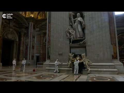 Vatican gets a scrub down