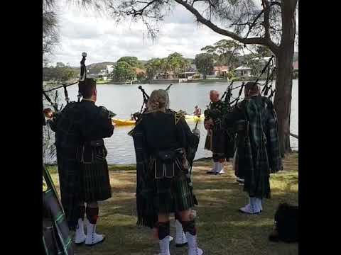 Pipers tuning in preparation for Narrabeen RSL ANZAC March