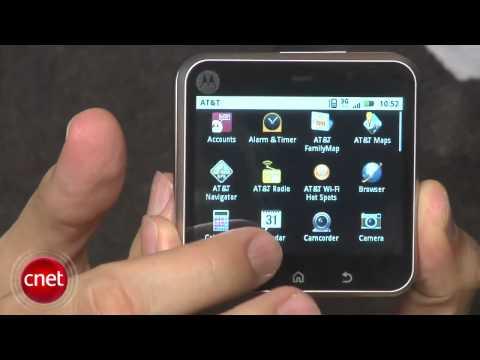 Motorola Flipout Review (AT&T)