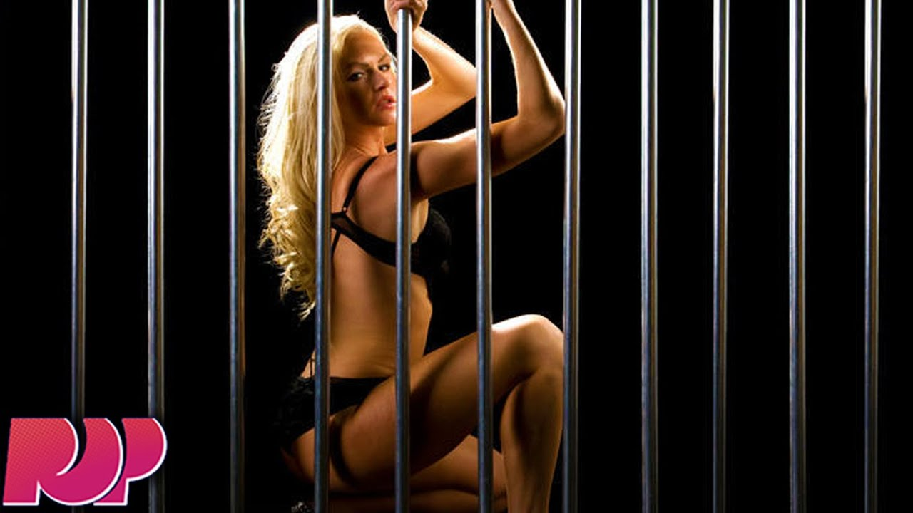 Bisexual Prison Porn - Women Seduce Guards With Massive Orgy And Make Prison Break