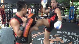 Chok Sagami training for Phoenix 7