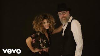 Video Marcella Bella - Metà Amore Metà Dolore (Official Video) ft. Mario Biondi download MP3, 3GP, MP4, WEBM, AVI, FLV September 2018