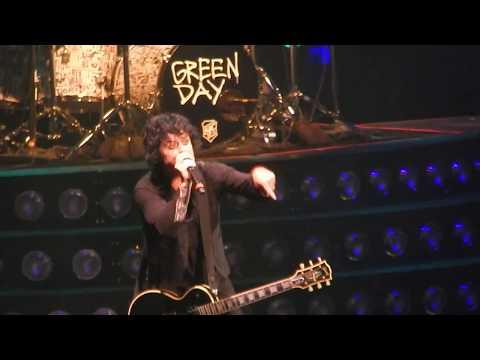 Green Day - Boulevard Of Broken Dreams (Live 8-11-2017) Kansas City