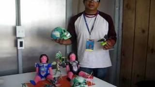 Compiten artesanos con souvenirs chinos