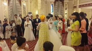 Выход жениха и невесты! ! !  Ернар-Айгерим
