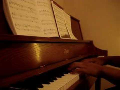 """""""A Charlie Brown Thanksgiving"""" theme piano solo"""