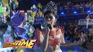 "It's Showtime: Marielle sings ""Isang Mundo, Isang Awit"""