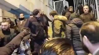 προσωπικη φρουρα και Σαββιδης vs αεκ hooligans - σοβαρα επεισοδια στο ντερμπυ αεκ - παοκ