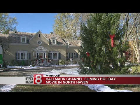 Hallmark channel filming holiday movie in North Haven