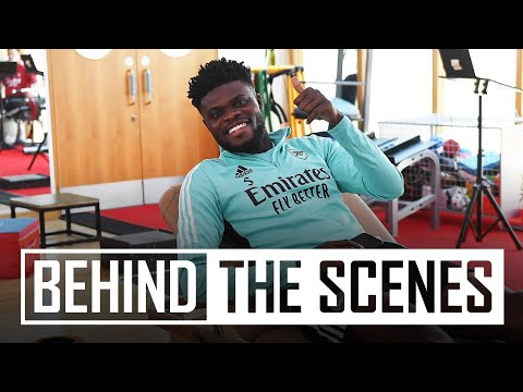 WE'RE BACK! | The squad returns for pre-season | Behind the scenes at Arsenal training centre