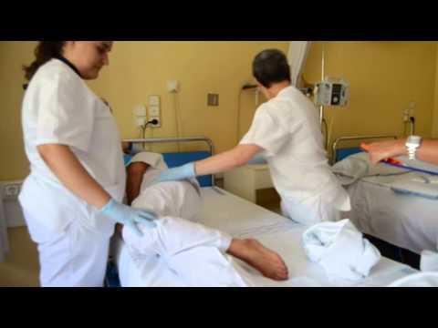 Cambio de ropa de cama en paciente encamado vip enfermer a for Cama ocupada
