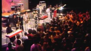 "Midnight Special-Sly & The Family Stone ""Thank You(Falettinme Be Mice Elf Agin)"""