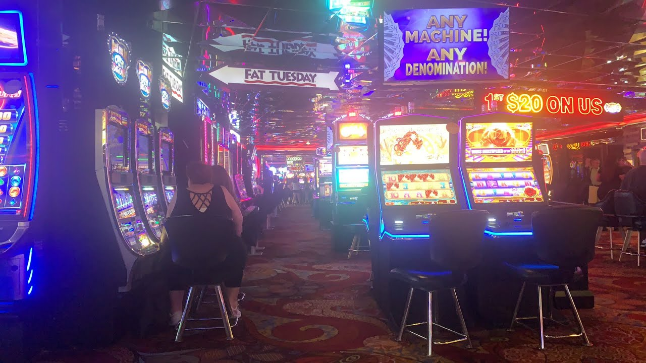 Play Royal Casino