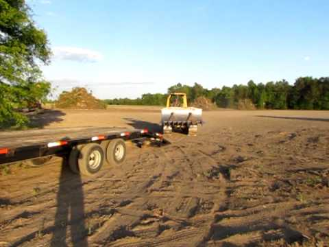 Loading The D5G On The Gooseneck Behind The Ford F-350 Dually
