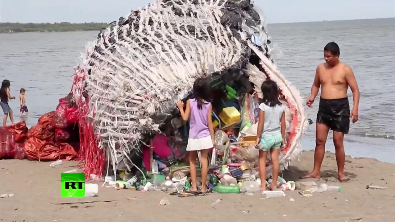Island Of Rubbish And Dead Fish
