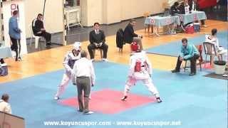 1026 63kg Emre Yurtseven - Cem Kahraman (sakatlanma) (2013 Turkish TKD Championships Under -21)