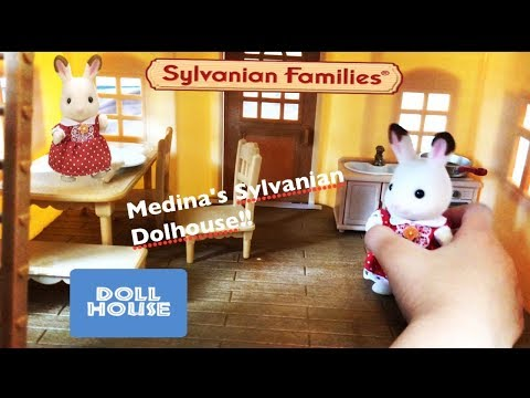 calico critters SYLVANIAN FAMILIES - RABBIT'S DOLLHOUSE with Medina