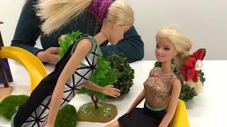 Куклы снимают кино. Барби режиссер? Видео для девочек