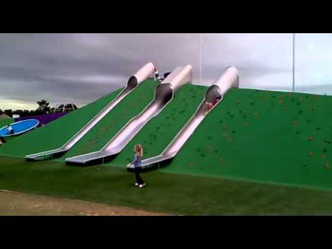 Toboganes para parques infantiles al aire libre hpc for Peces para estanques al aire libre