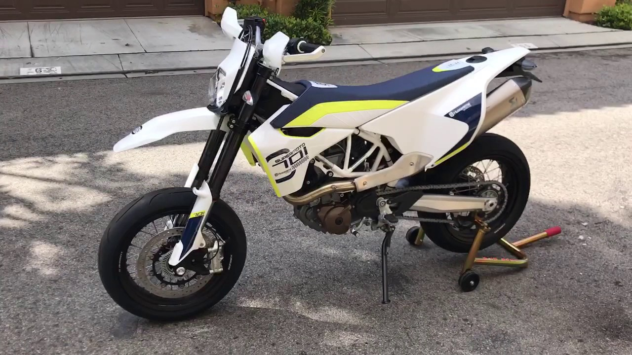 first start 2017 husqvarna 701 supermoto youtube. Black Bedroom Furniture Sets. Home Design Ideas