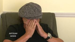 acdc singer brian johnson in store for rockers and rollers