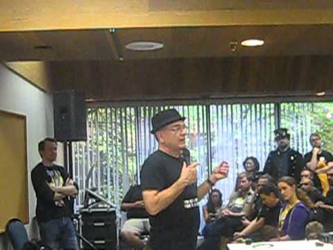Star Trek's Robert Picardo Q and A 2013