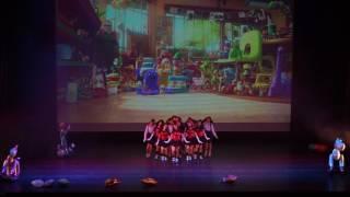 聖羅撒女子中學中文部B隊 - 娃娃總動員