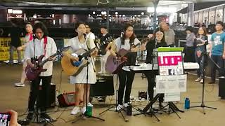 Hotel California (with awesome guitar solo at the ending) 海鷗組合+LOOP at TST