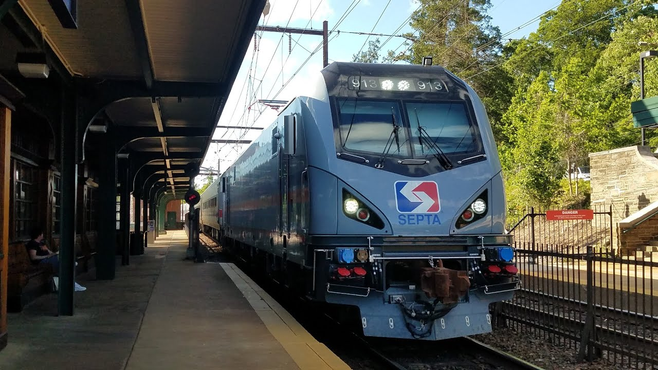 FHD 60FPS: SEPTA Jenkintown Evening Rush - Push Pull Sets, Hornshows, Traffic Pile-ups and more!