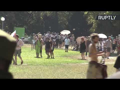 Allemagne : manifestation contre les mesures anti-coronavirus à Stuttgart