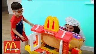 McDonald's Drive Thru- Pretend Play with Kitchen Toy and Doughnut