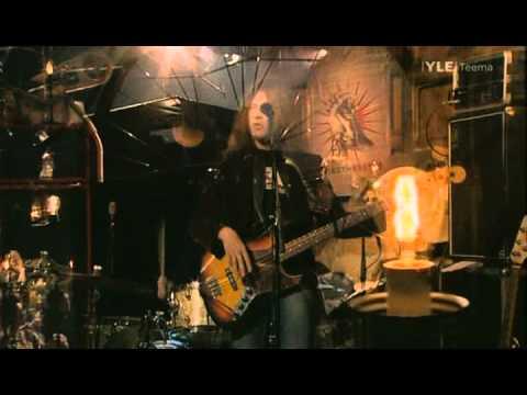 Sir Elwoodin Hiljaiset Värit - Elisa (live - kosketuksessa)