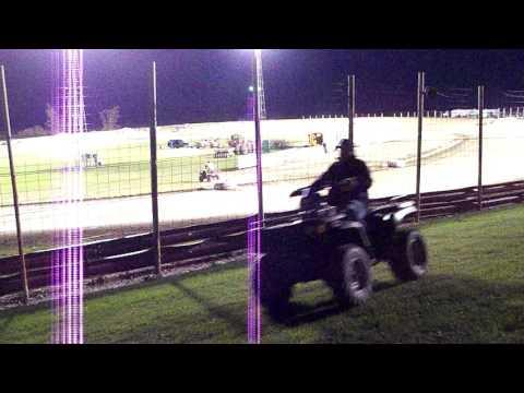 100 0767 Devils Lake Speedway 2015-10-03 B-Mod Feature part 1