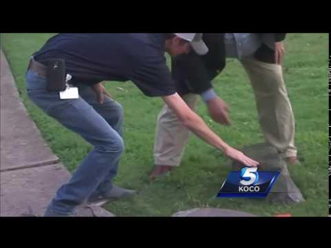 Man who crashed into Arkansas' 10 Commandments monument did same in Oklahoma