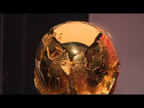 foot le troph e de la coupe du monde paris youtube
