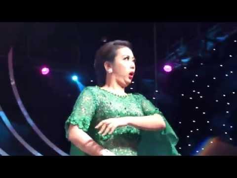 SOIMAH SHOW HOW TO DANCE GOYANG BANG JALI, D'ACADEMY ASIA 02122015