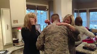 Soldier Airman Surprises family for Christmas 2017