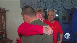 Marine surprises family just in time for Christmas