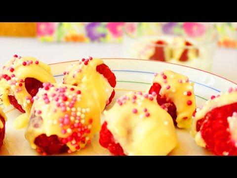 Fruchtigen Süßigkeiten Snack selber machen | frische Himbeeren, Joghurt & Glasur | Sommer Idee
