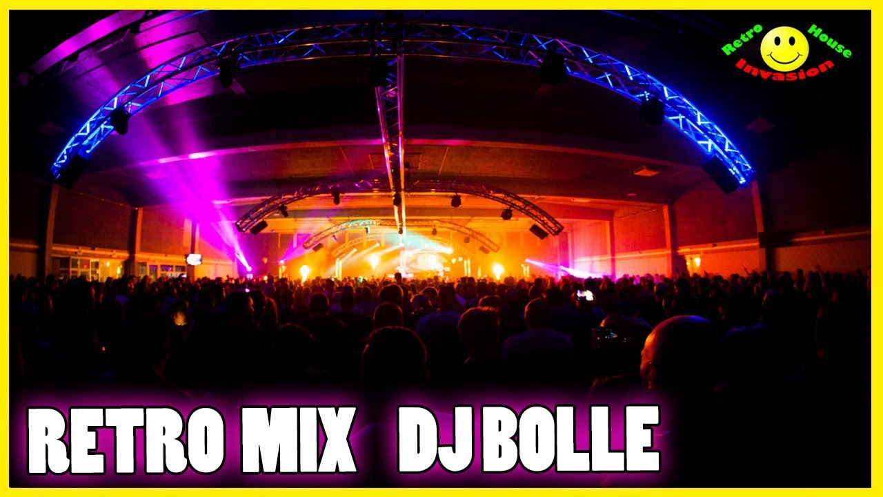 Dj Bolle at Retro house invasion stage Beachland 2017