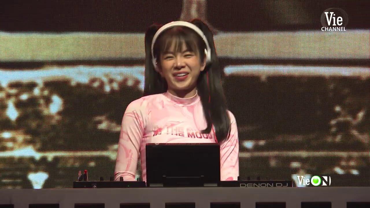 Uncut: DJ Mie mếu máo khi bị Trấn Thành trêu. Wowy thành fan boy quá khích của Binz   RAP VIỆT